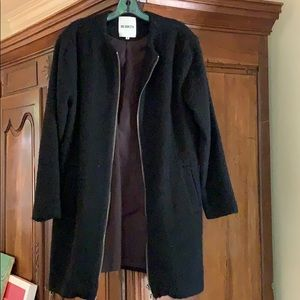 Black BB Dakota knee length black coat.